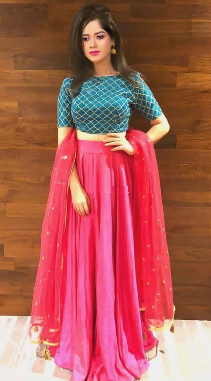 Buy crop top lehengas for parties